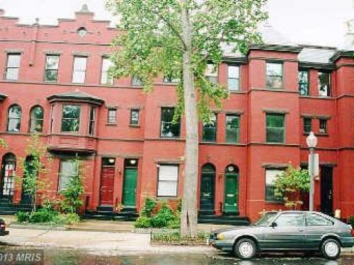 3022 R Street Northwest
