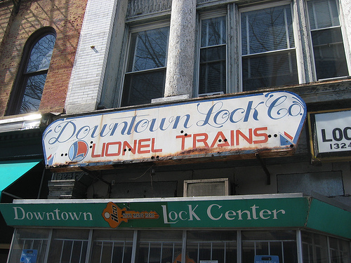 dowtown_lock_co_lionel_trains_B_TOO_Restaurant