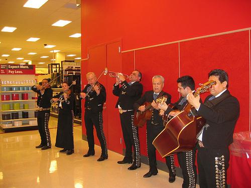 mariachi_band_target_2008_opening