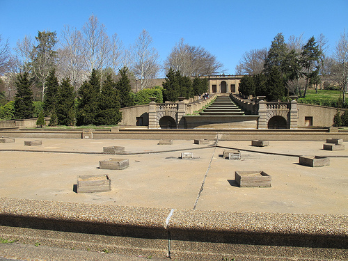meridian_hill_park_fountain_dry_until_memorial_day_dc