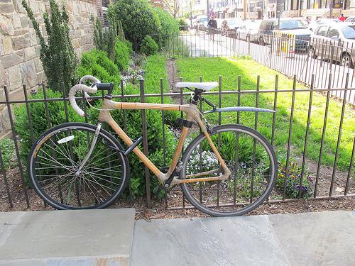 bamboo_bike_city_ride_popville