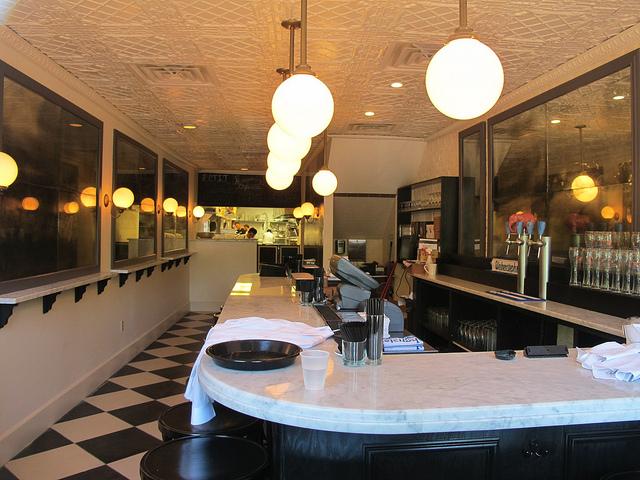 bearnaise_capitol_hill_restaurant_bar