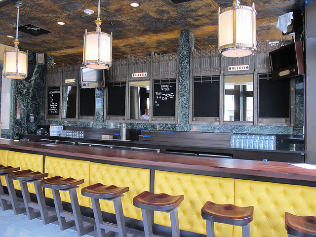 Ted's_bulletin_14th_front_bar