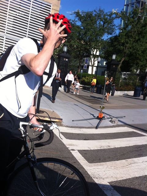 bicyclist_punches_driver