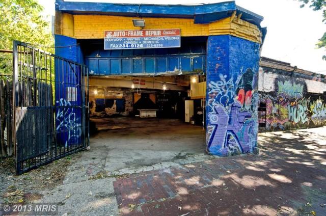 garage_for_sale_murals