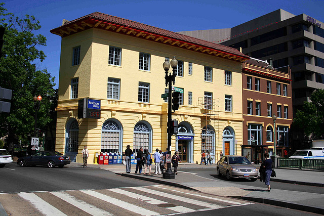 Sun-Trust-Bank-Connecticut-Avenue-Washington-DC
