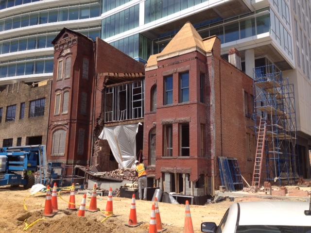 facade_collapse