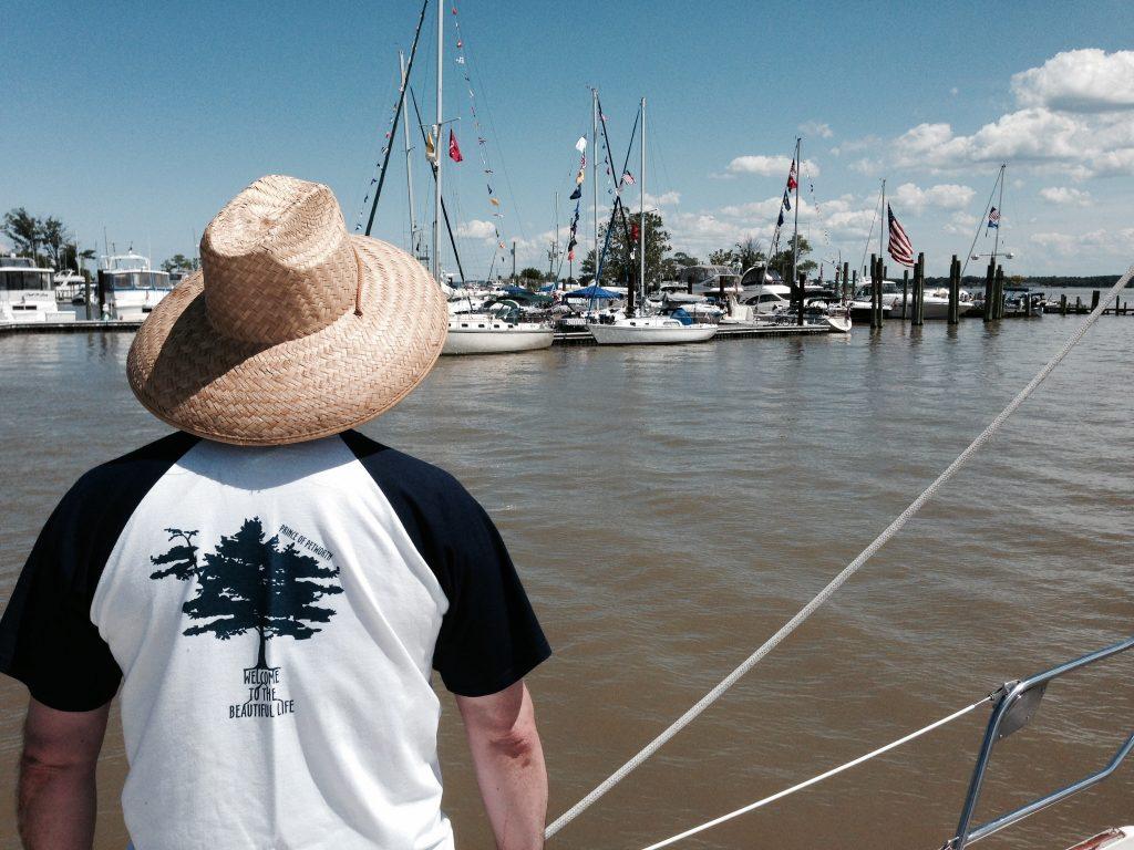 Colonial beach yacht club