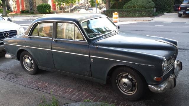 city_ride_1967 Volvo 122