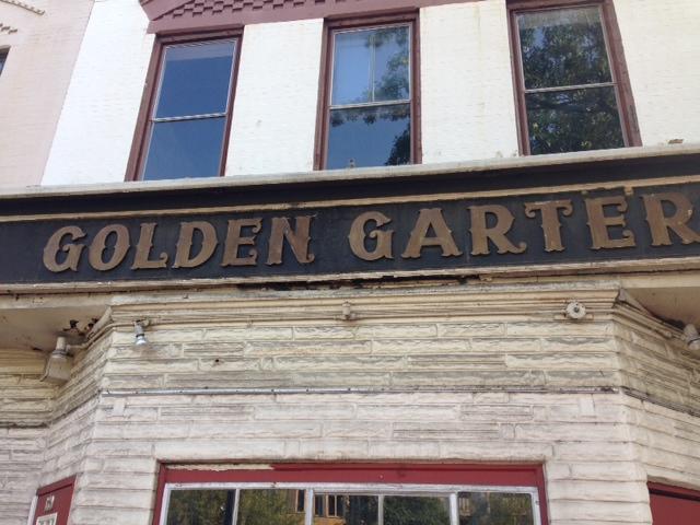 the_golden_garter