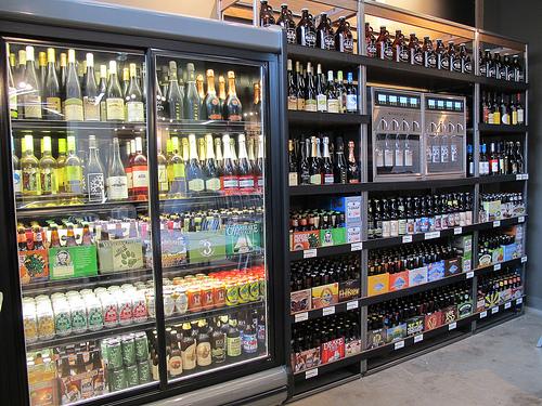 Glens_garden_market_beer_and_wine