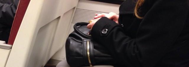 nail_clip_metro