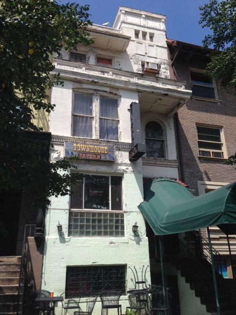 townhouse_tavern