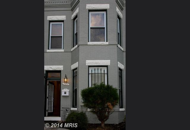 1371 Emerald Street Northeast