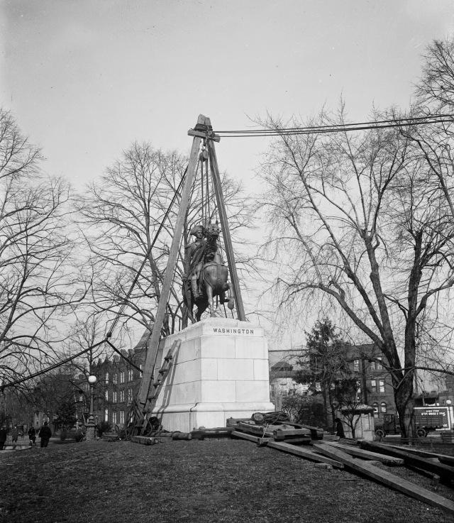 Washington Statue March 1923 42884u