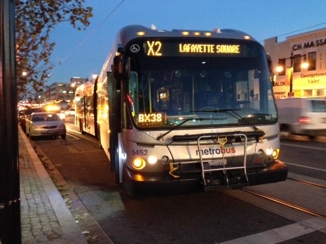 x2_bus_h_street