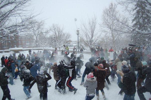 meridian_hill_snowball_fight