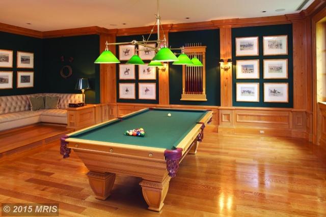 3107 Fessenden Street Northwest billiards