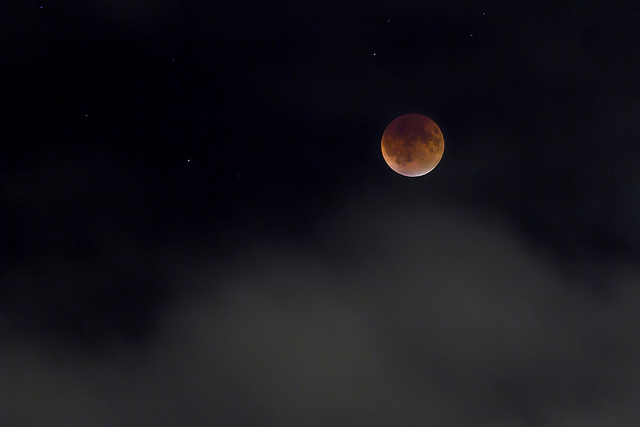 superbloodmoon_popville