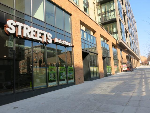 streets_market_cafe1