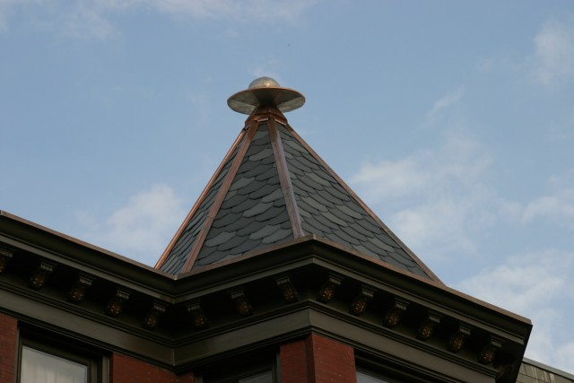 Flying Finial with Dentils