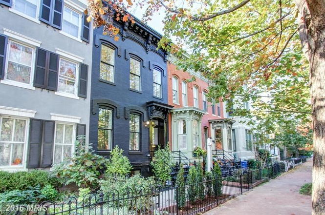 Sold For 1 790 000 In 40 Days Popville