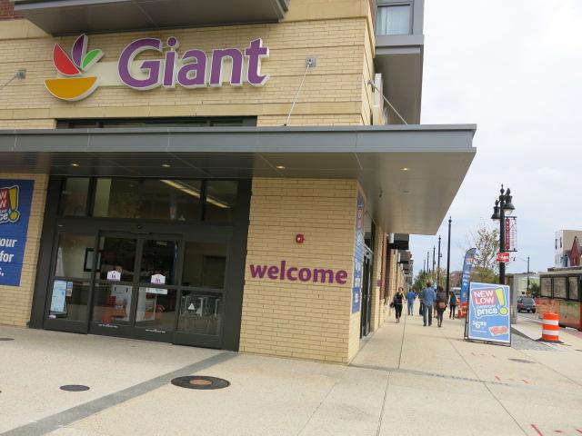 Giant-PoPville h st