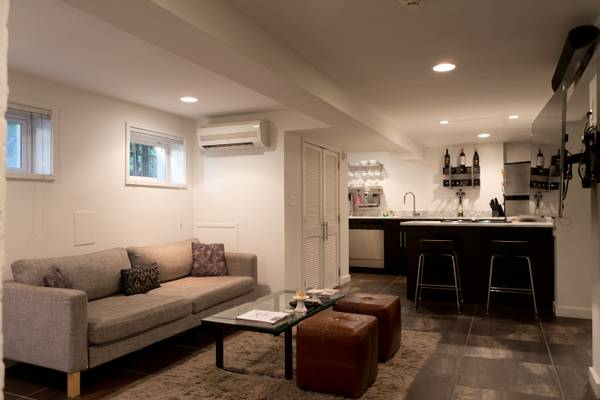 Popville today s rental is a renovated one bedroom for 1br apartment design ideas